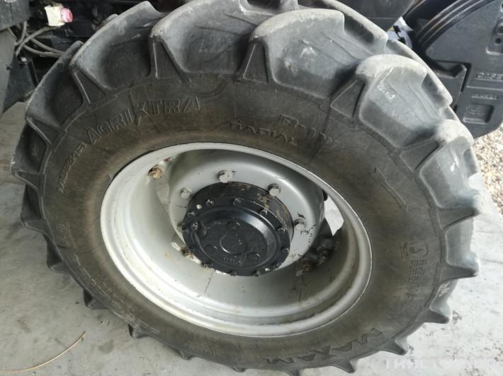 Трактори CASE-IH JX95 3